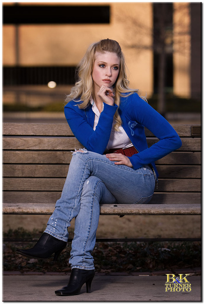 http://www.bkturnerphoto.com/Models/SaraLoren/IMG_6041_001_1024.jpg
